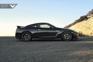 Nissan GT-R with Vorsteiner V-FF 103 Flow Forged Wheels