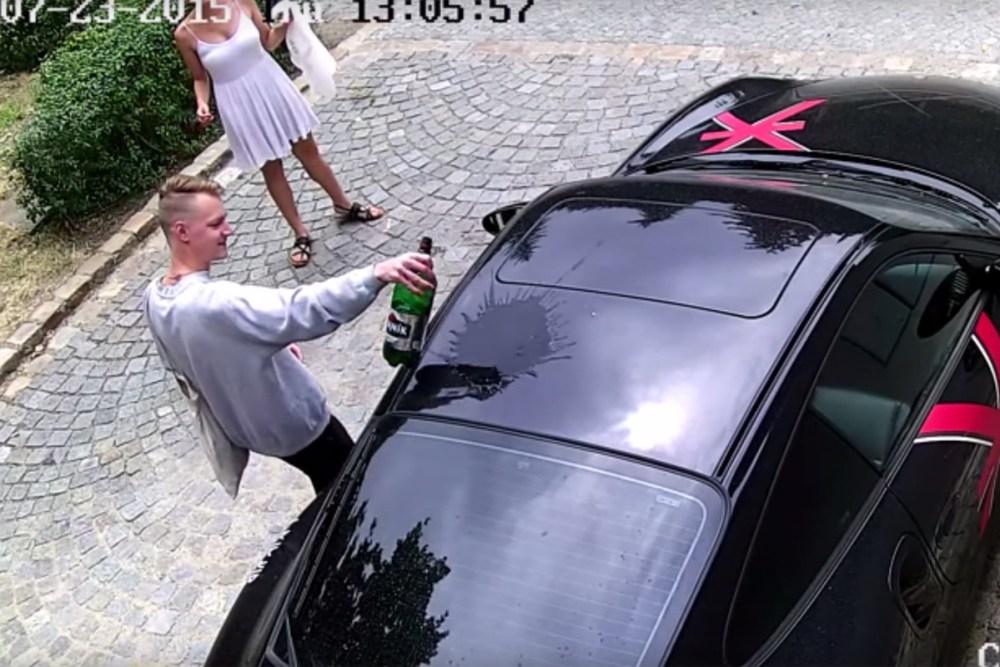 Porsche 911 Turbo Vandalism