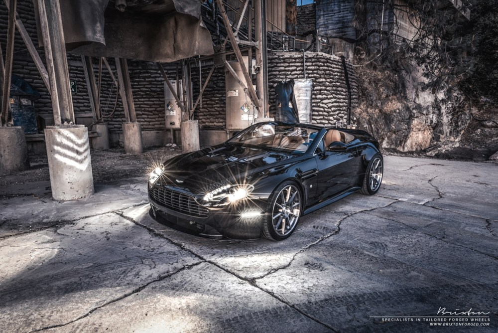 Aston Martin V8 Vantage S with Brixton Forged R10D Targa Series Wheels