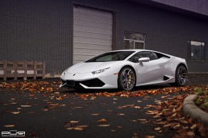 Lamborghini Huracán with PUR RS05 Forged Wheels