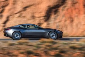 2017 Aston Martin DB11 (10)