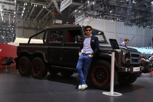 Afzal Kahn with the Flying Huntsman 110 6x6 Defender Double Cab Pickup