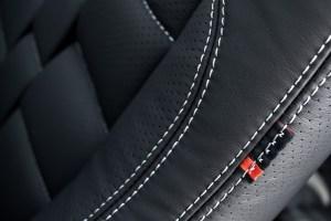 Project Kahn Santorini Black Range Rover Vogue RS