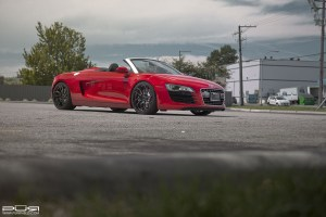 Audi R8 Spyder with PUR RS05 Wheels