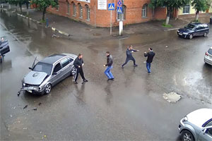 Friday FAIL Russia Car Accident Fight
