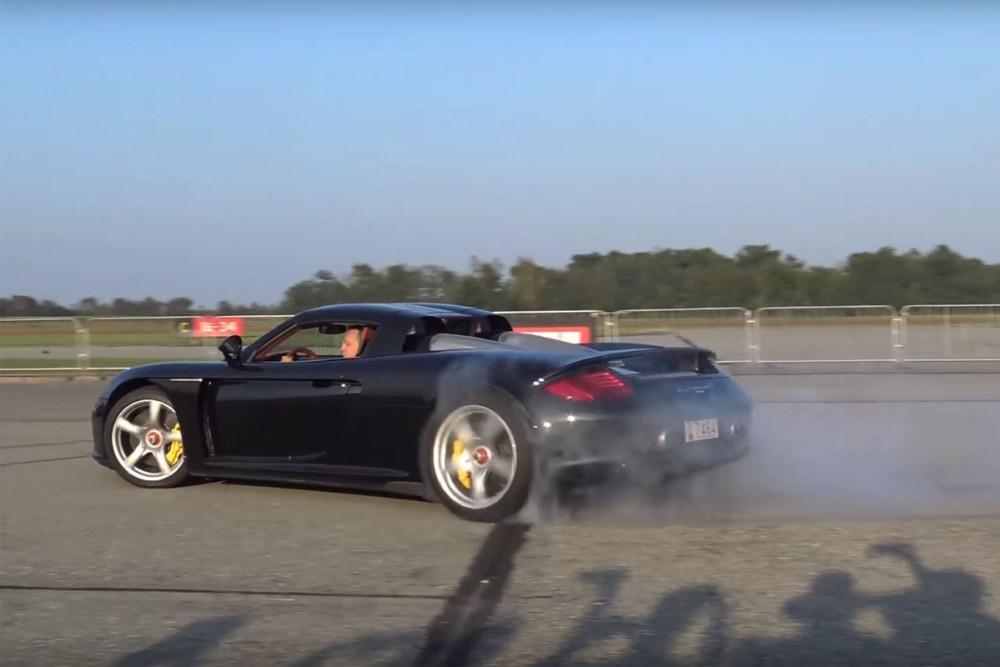 Porsche Carrera GT Donuts