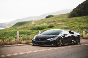 black-lamborghini-huracan-lp610-4-forged-bronze-split-5-spoke-adv1-wheels-lightweight-rims-d