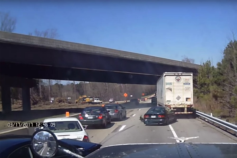 Friday FAIL: Multi-Car Crash after Tailgating