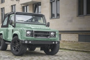 Chelsea Truck Company Land Rover Defender 2.2 TDCI 90 Soft Top Chelsea Wide Track Edition