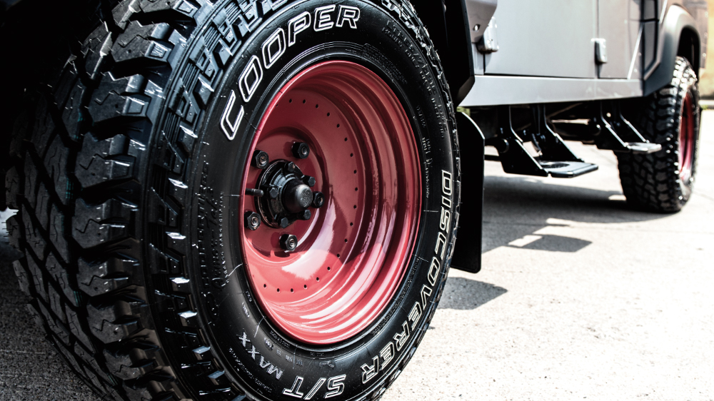 Cooper Tire and Kahn Design Announce Partnership