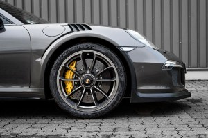 McChip-DKR Porshce 911 Targa 4 GTS with GT3 RS look