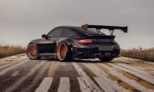 911 with Brixton Forged HS1 Circuit+ Wheels