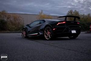 Lamborghini Huracan Performante with PUR RS43 wheels