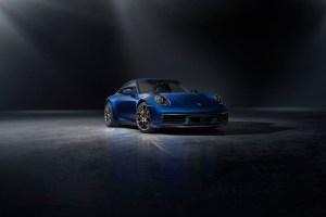 992 Porsche 911 Carrera 4S