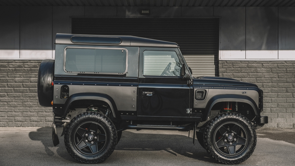 Chelsea Truck Company Vanguard Edition Land Rover Defender