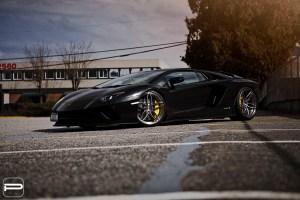 Lamborghini Aventador S with PUR RS23 Wheels