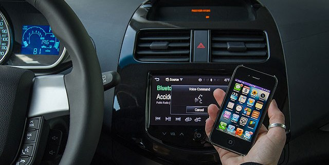 Apple iPhone driving safety lock-out