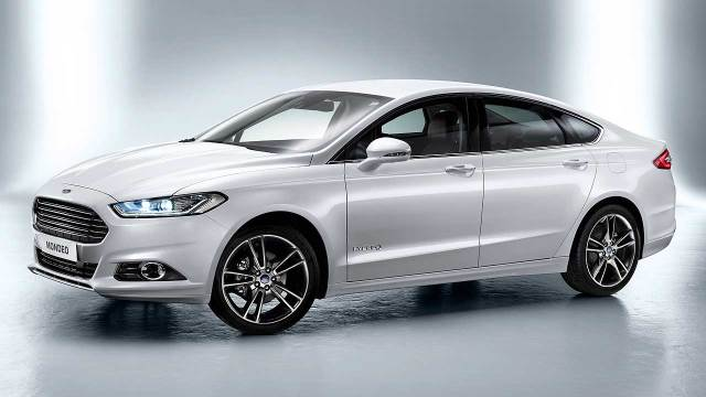 Ford-Mondeo-2015-COTY