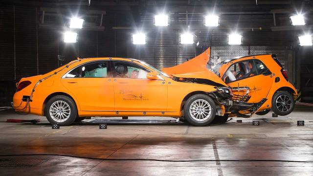 Mercedes-Benz S-Class v Smart Fortwo
