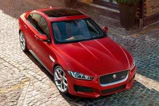 Jaguar XE 2015 revealed in London