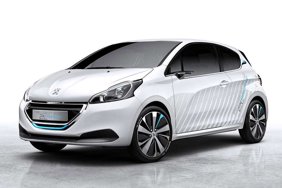 Car That Runs On Air >> The Car That Runs On Air Peugeot S New 208 Hybrid Air 2l Explained