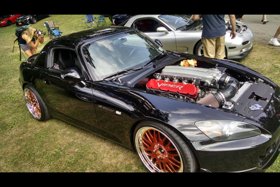 Honda S200 gets a Dodge Viper V10