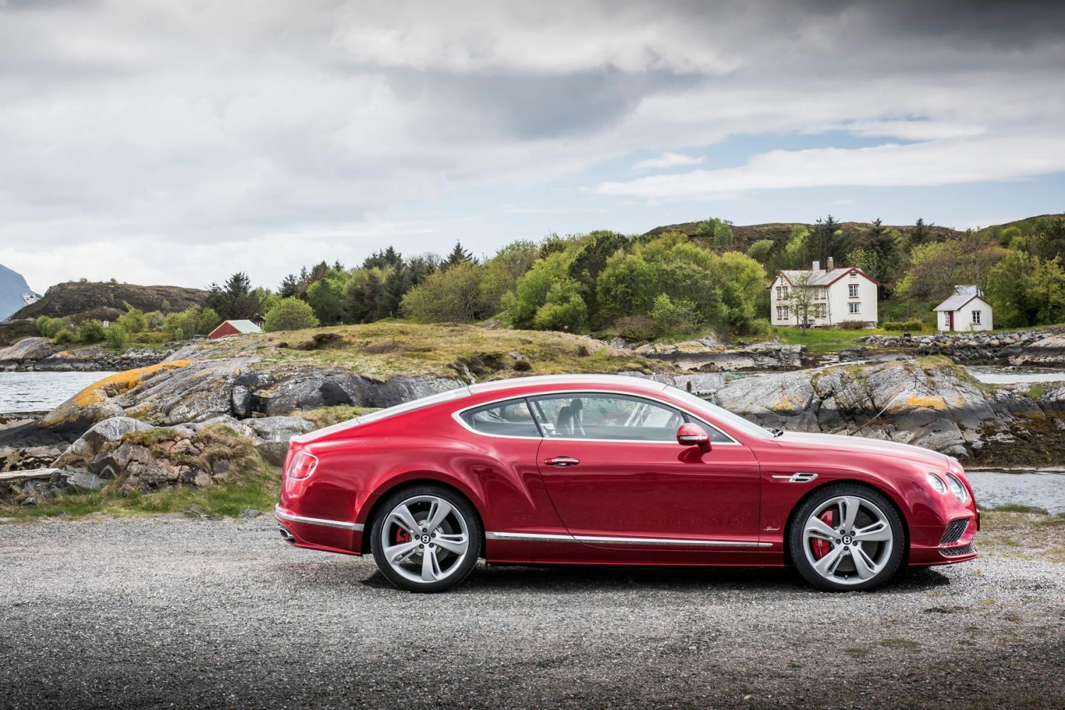 2_Bentley_Continental_Speed_2016