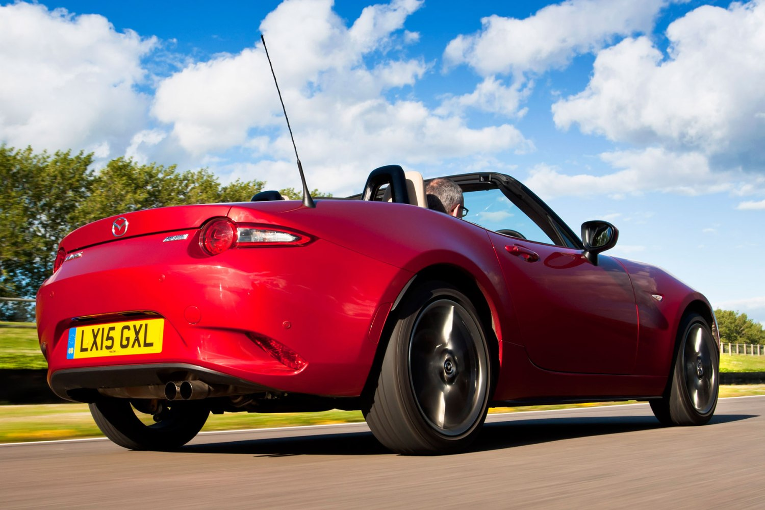 2015 Mazda MX-5: on the road