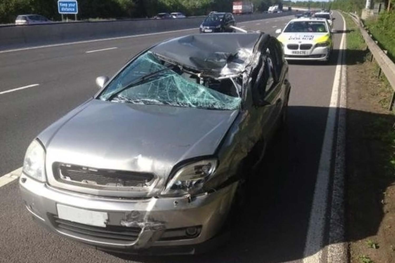 CMPG - crushed crashed Vauxhall Signum
