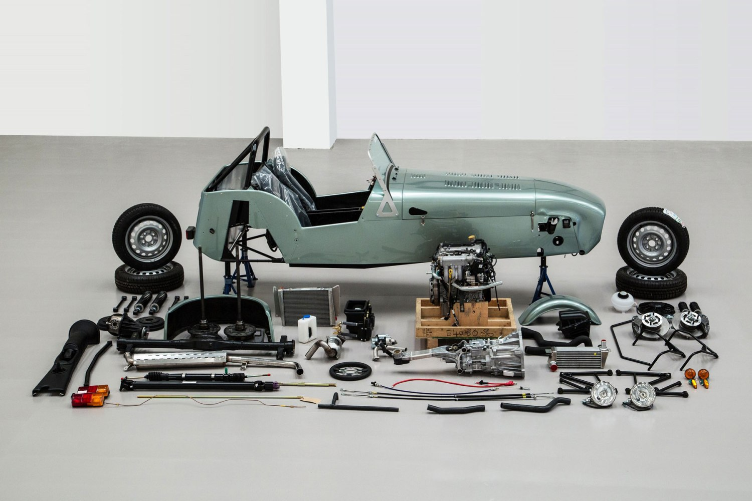 Buy a DIY Caterham Seven for £65 a week