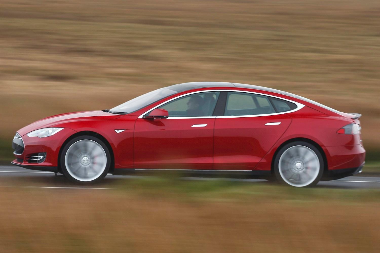 We 'drive' Tesla's driverless car on UK roads