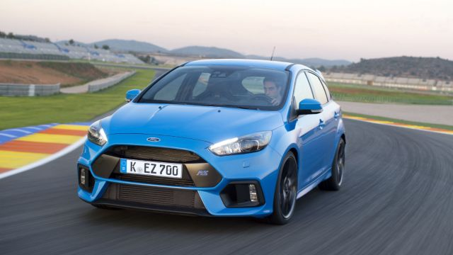 2016 Ford Focus RS: On the road