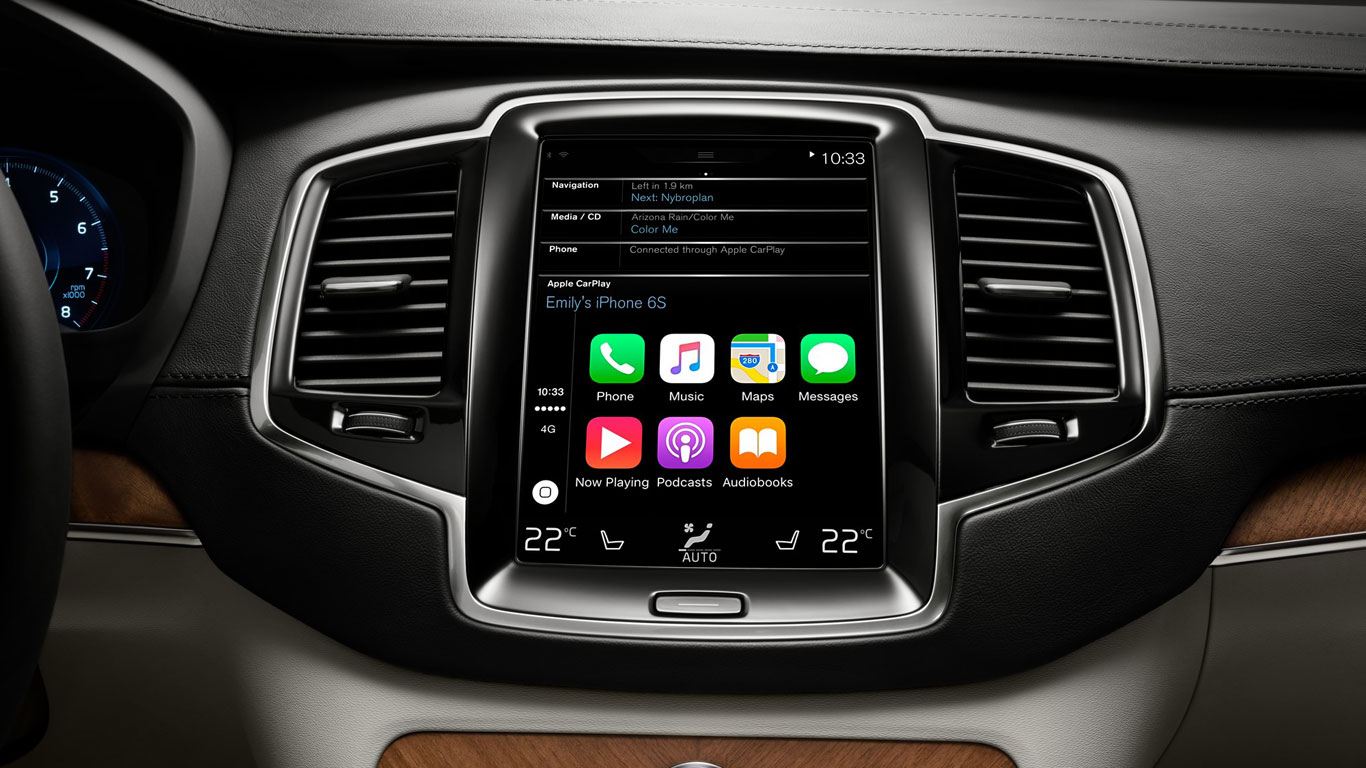 Volvo XC90 with Apple CarPlay