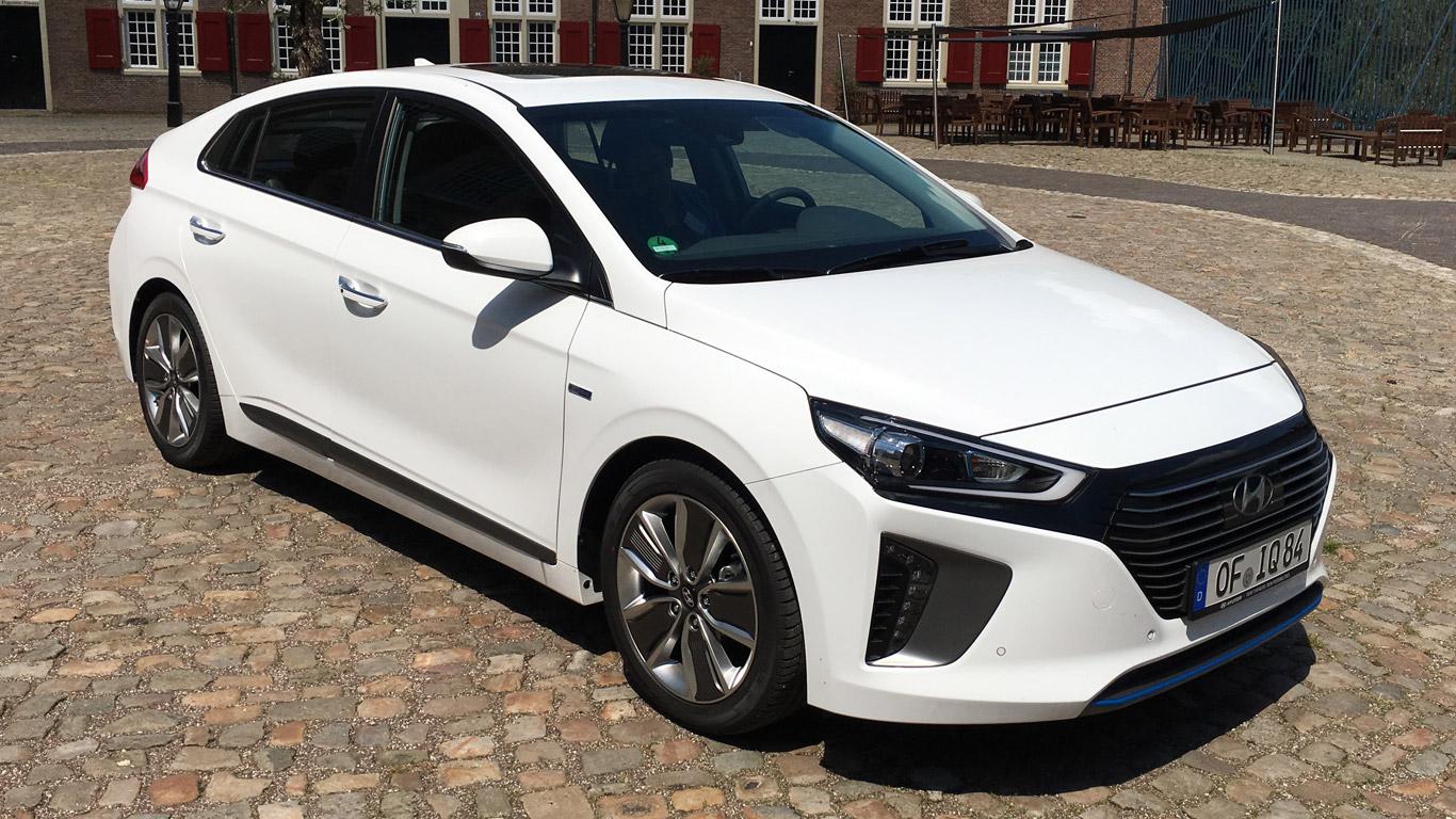 2016 Hyundai Ioniq review: high-tech hybrid/electric car takes on Toyota Prius