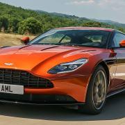 Aston Martin DB11 (2016)