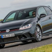 Volkswagen Golf GTI Clubsport S (2016) review: Two-Minute Road Test