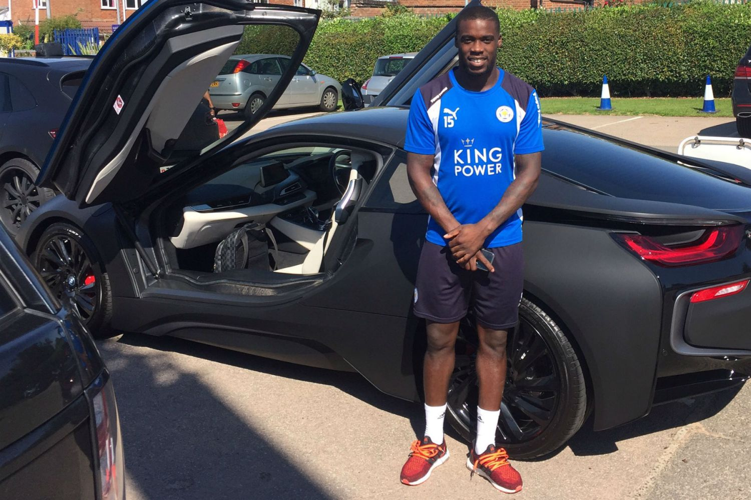 Leicester City footballers are getting their BMW i8s wrapped to avoid confusion