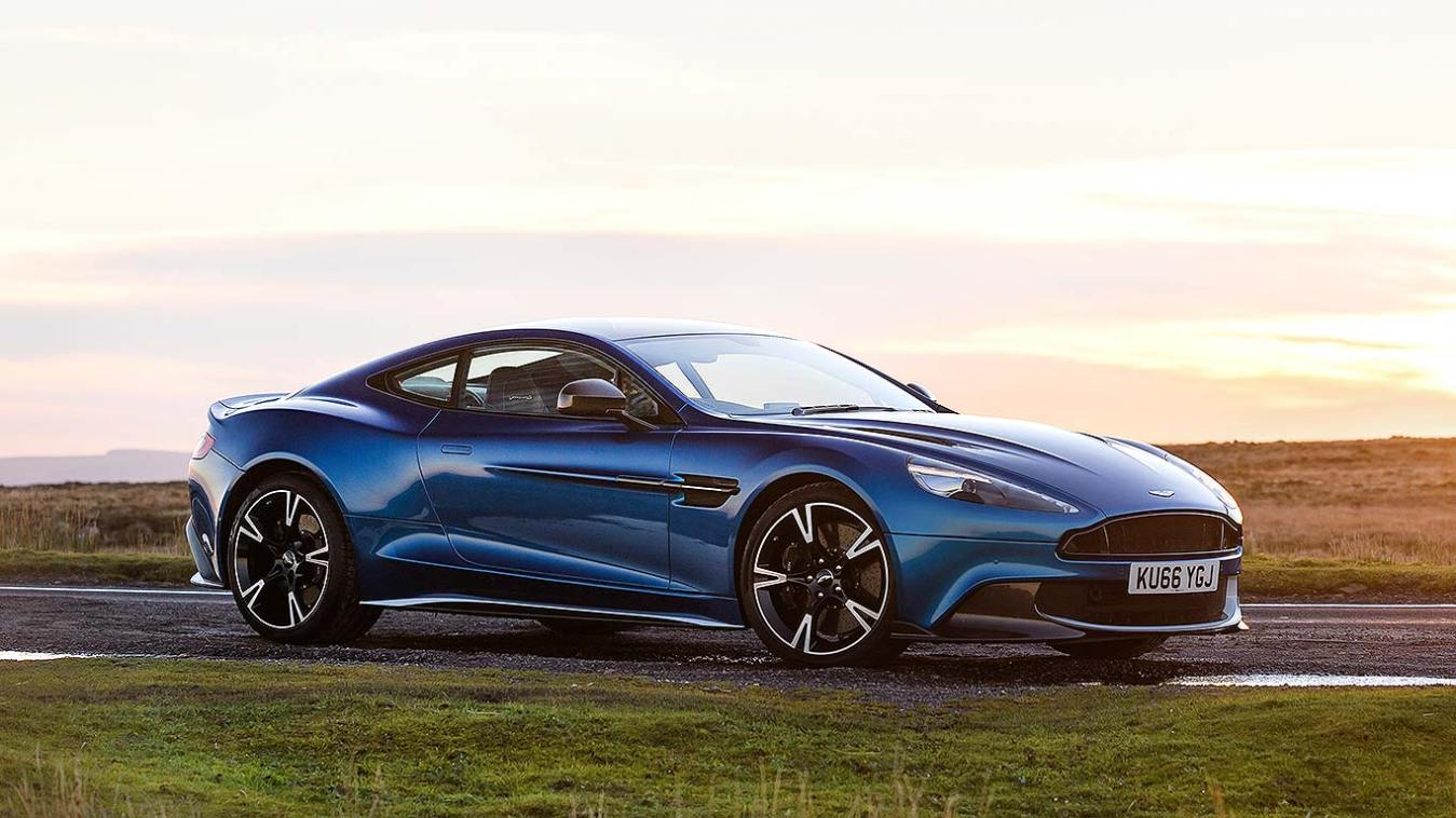 2017 aston martin vanquish s review a gt great motoring research. Black Bedroom Furniture Sets. Home Design Ideas