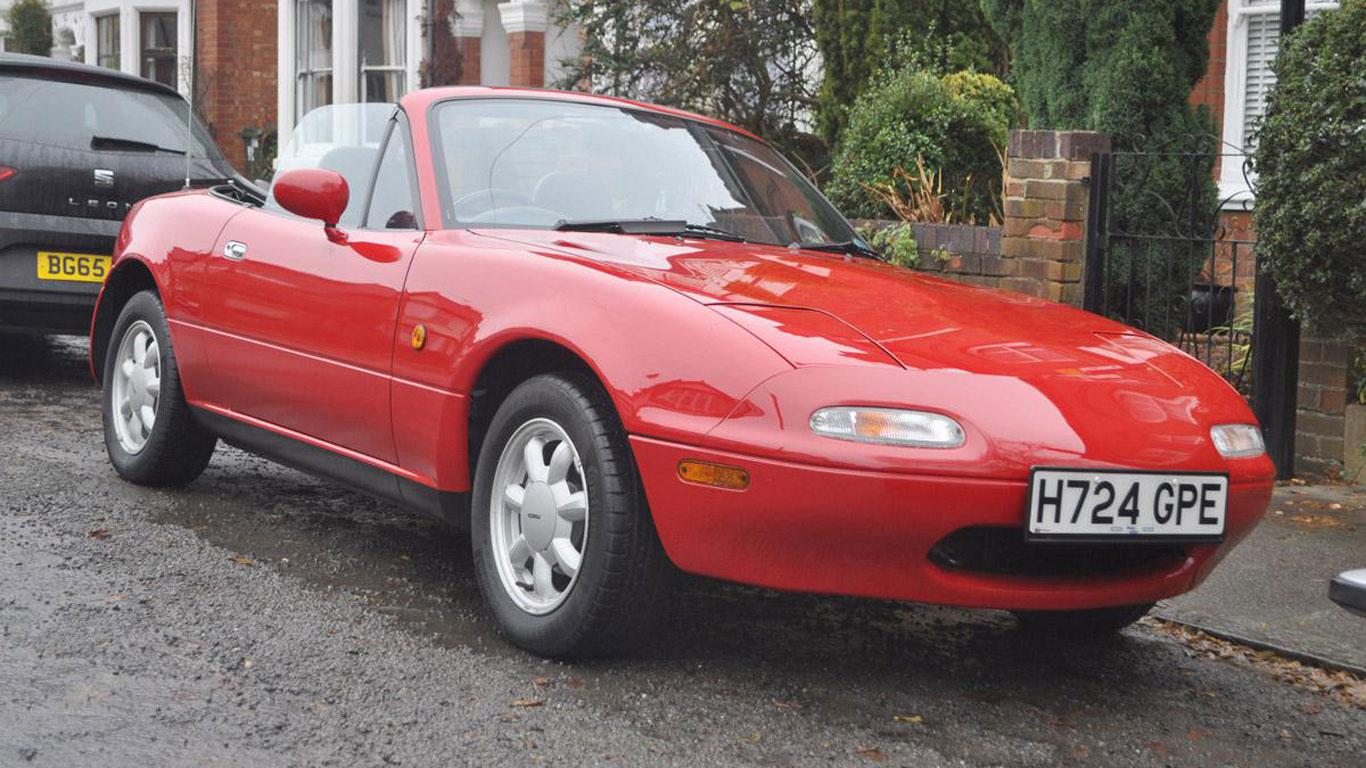 Mazda MX-5: £8,000 - £10,000