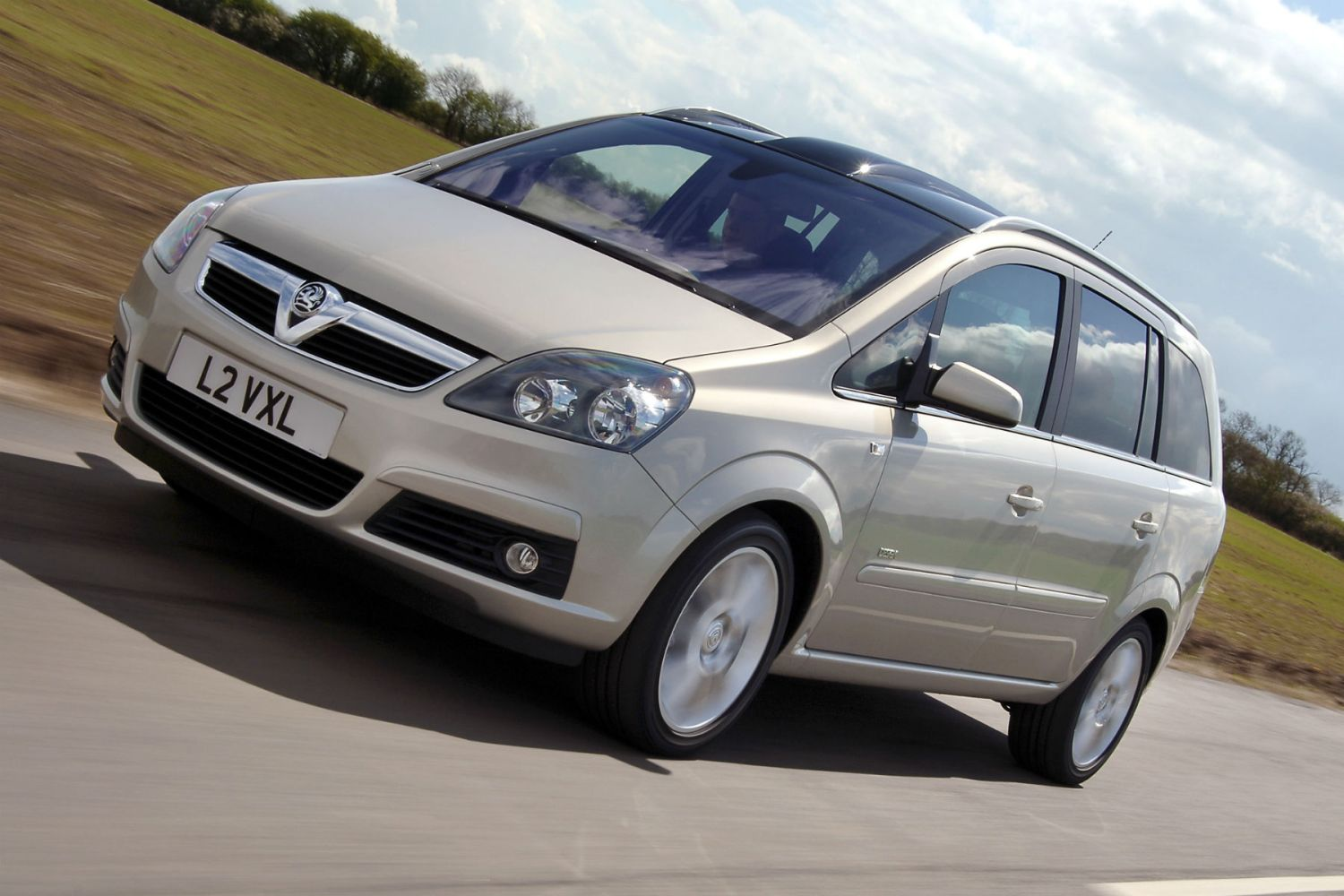 General Motors gets BURNED by MPs over Vauxhall Zafira fires recall