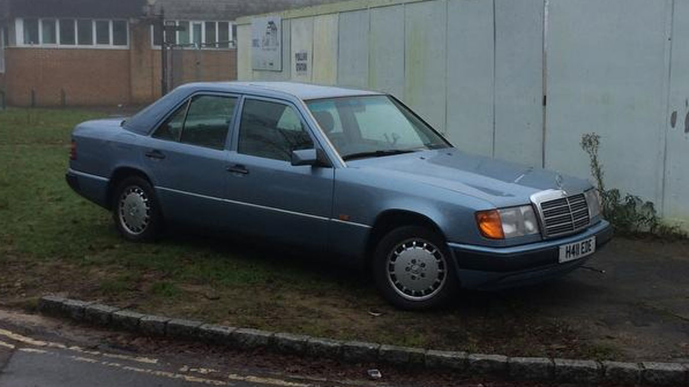 Mercedes 300D W114