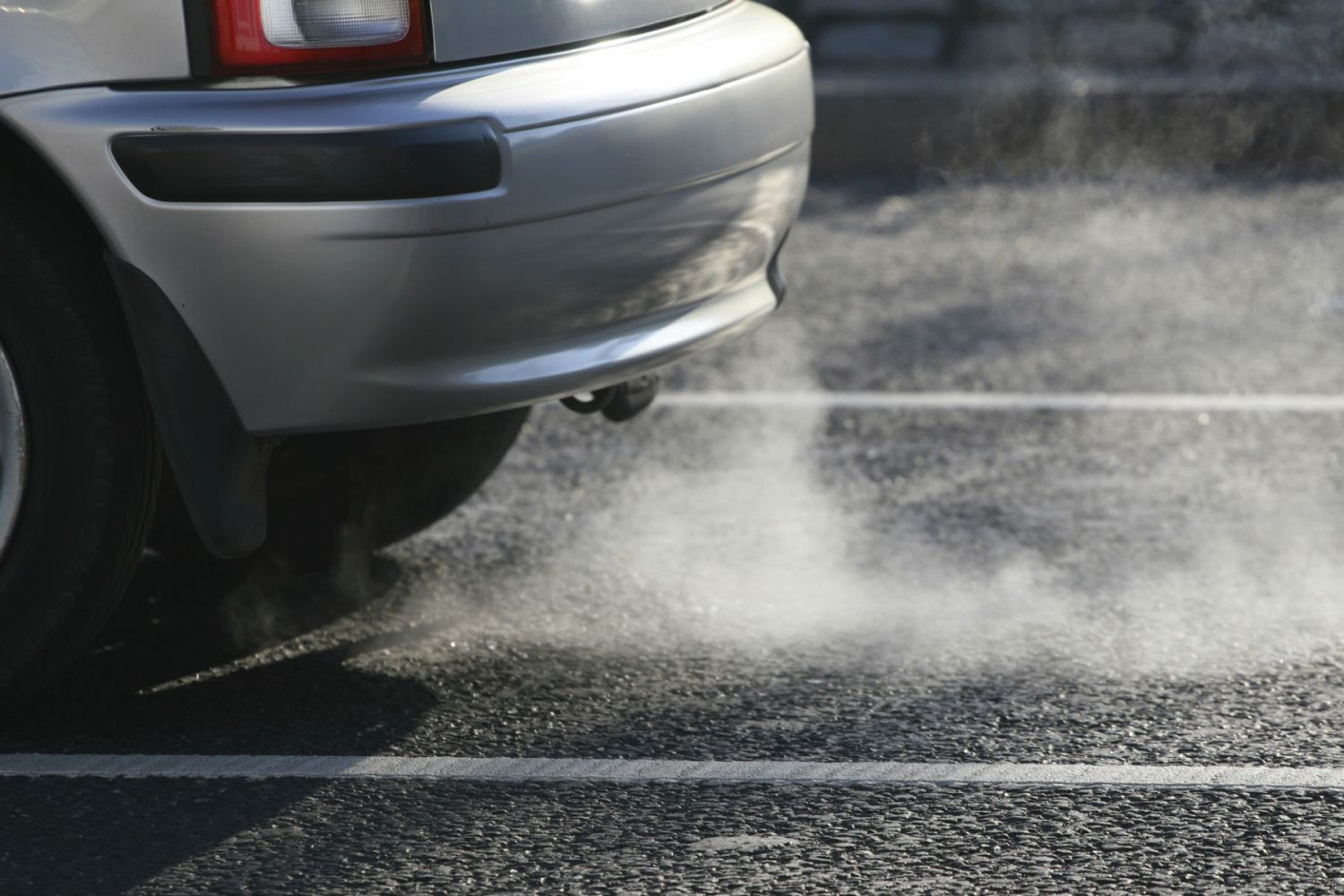 Parents warned: turn your engines off outside schools or face fines