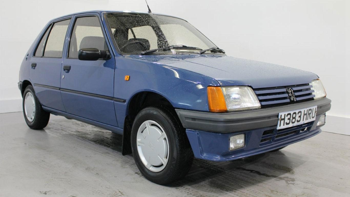 Peugeot 205 GRD: £2,989