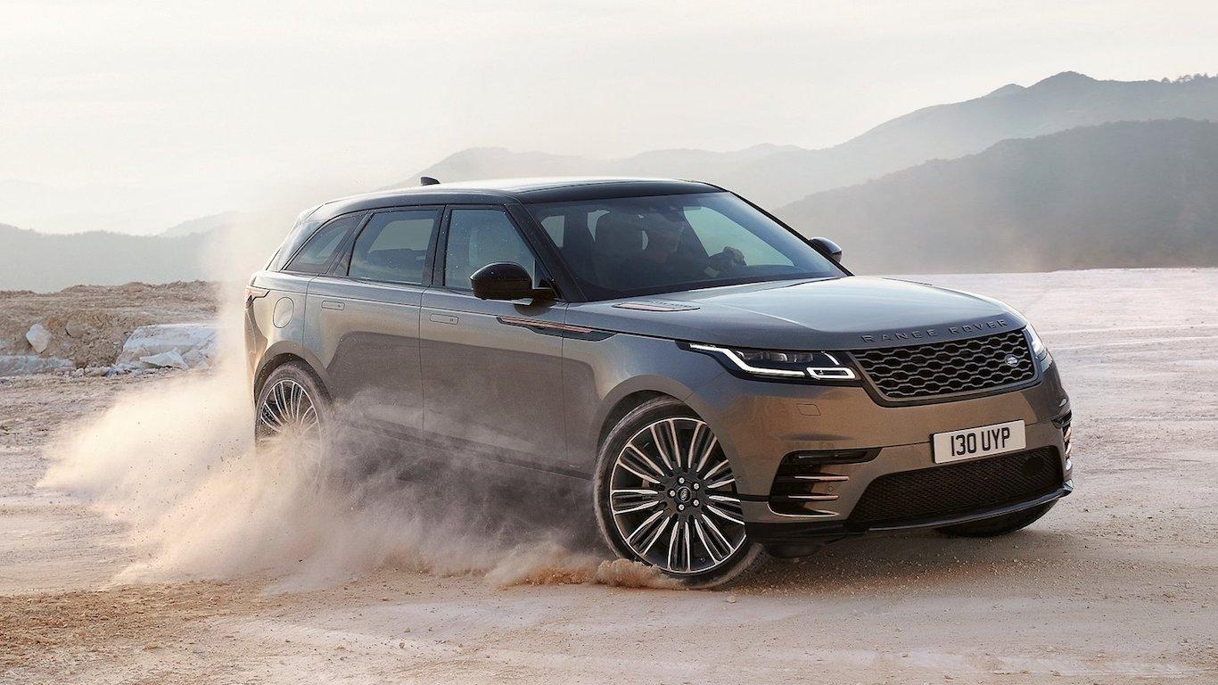13. Land Rover - @landrover - 3.0m