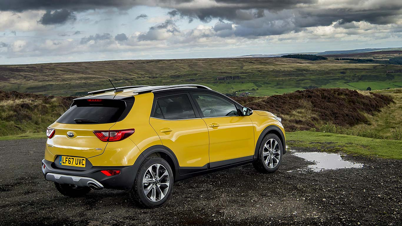 New Kia Stonic Small SUV Prices From £16,295