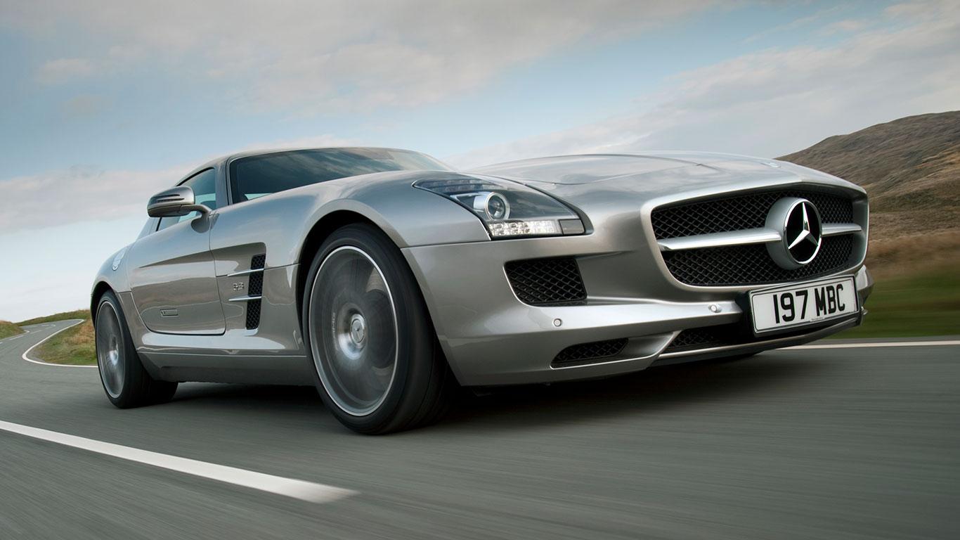 10: Mercedes-Benz SLS AMG