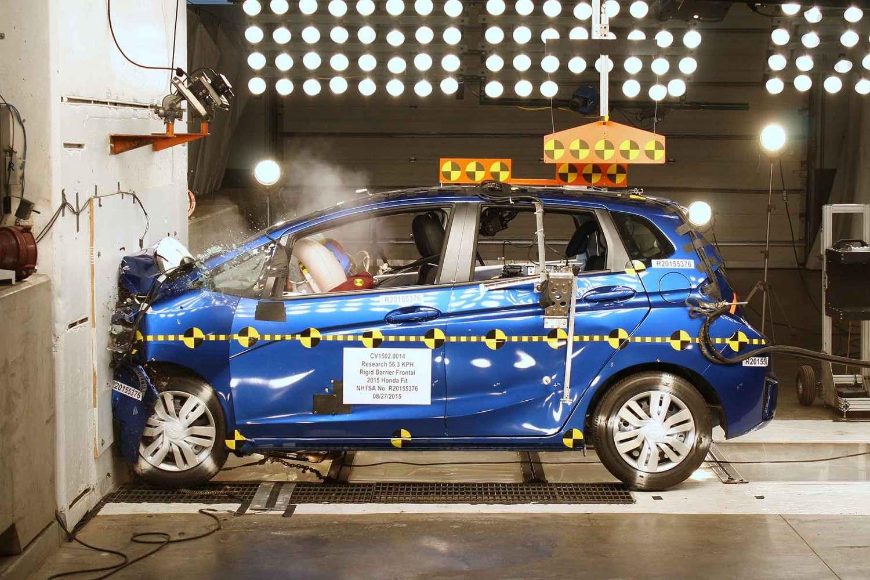 NHTSA crash test: Honda Fit