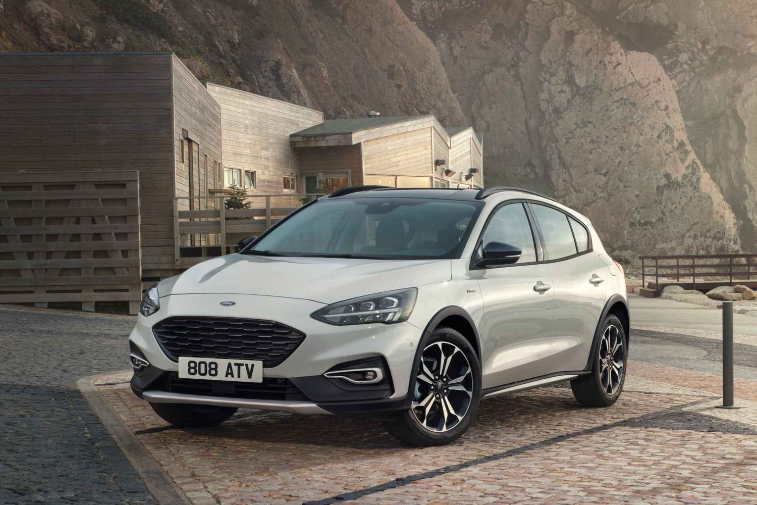 New 2018 Ford Focus Active