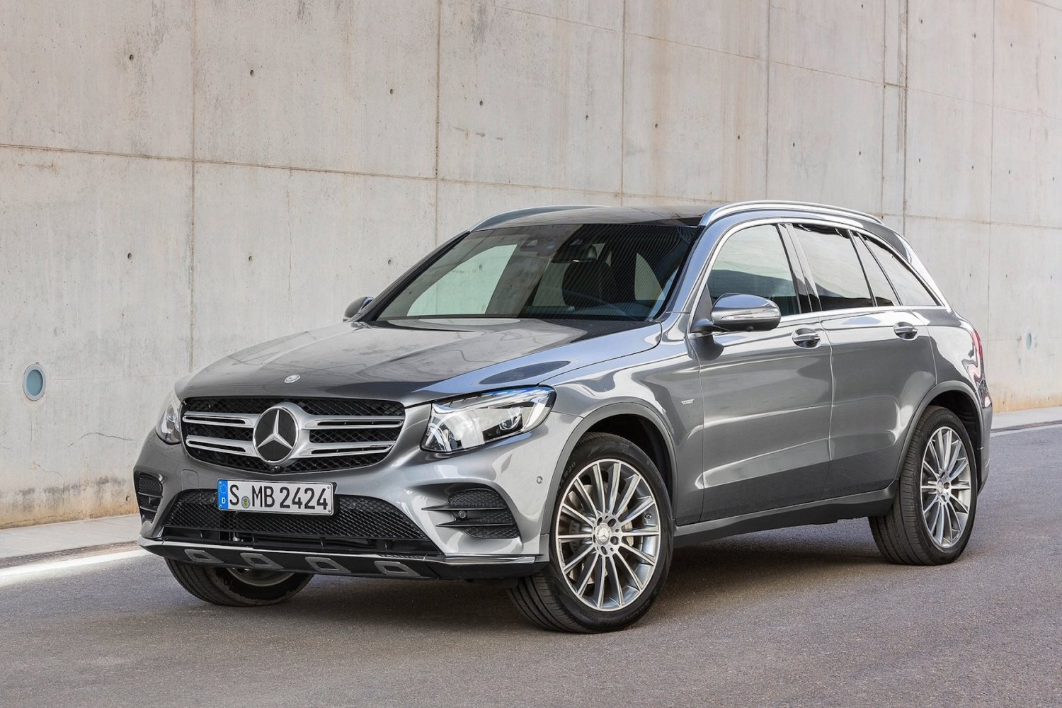 Mercedes-Benz forced to recall cars over diesel emissions | Motoring