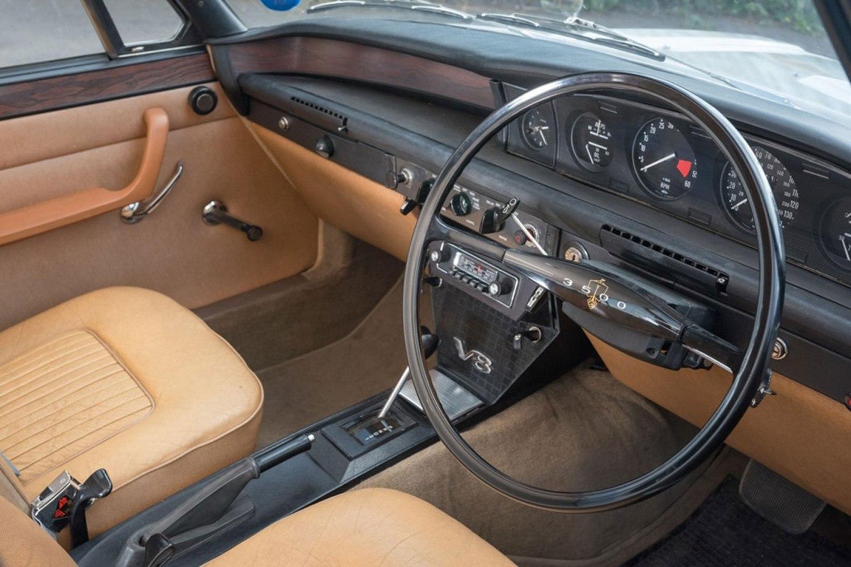 Rover P6 interior